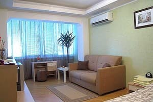 Hotels Kyiv. Hotel Apartment One-room apartment on Yevhena Sverstyuka Str, 8