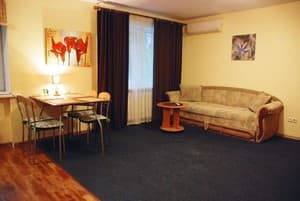 Hotels . Hotel Two-room apartment on Lesi Ukrainky Blvd, 3.