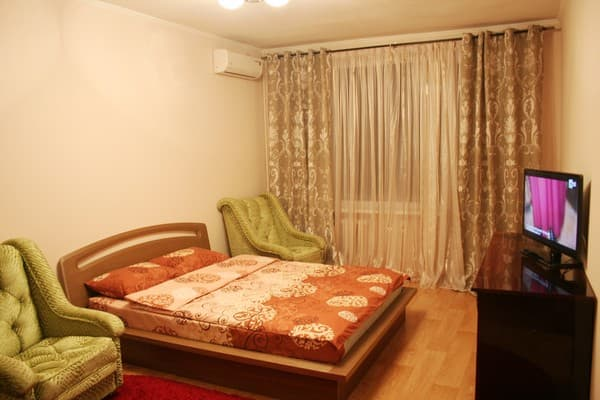 Apartment Apartment on Lva Tolstoho Street, 33, Kyiv: photo, prices, reviews