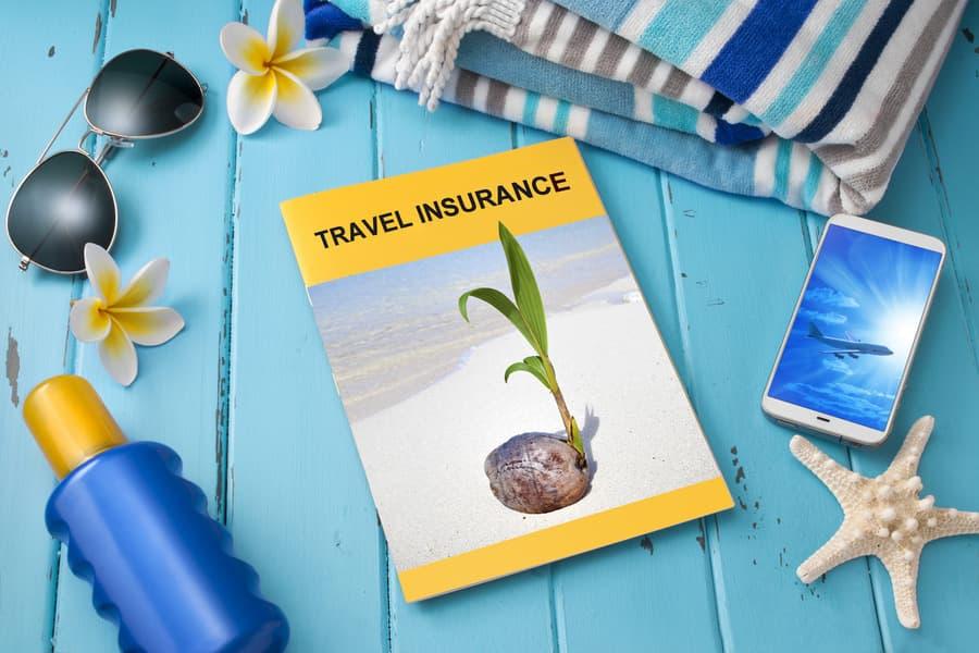 Обязательна ли страховка для выезда за границу