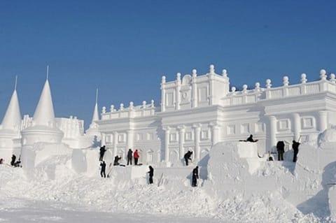 Всеукраинский фестиваль снежных скульптур «Страна «Буковель»