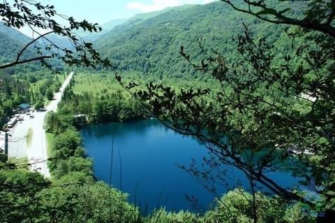 Синє озеро на Закарпатті