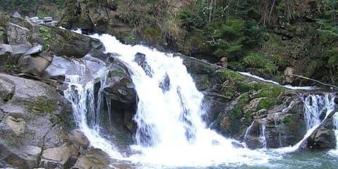 Буковинські водоспади в Чернівецької області