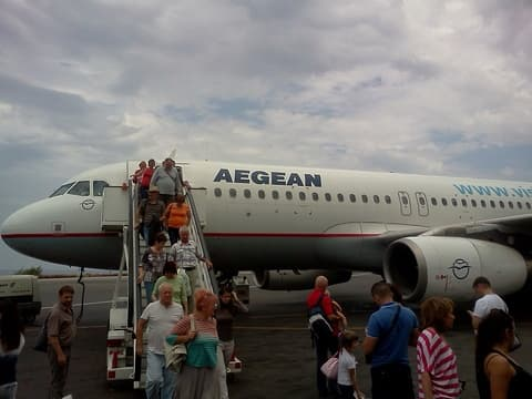 "Компания ""Aegean Air"""