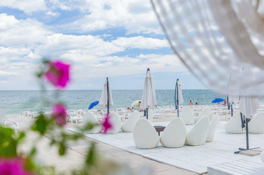 отдых в одессе на берегу моря недорого